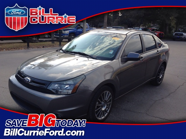 Pre-Owned 2011 Ford Focus SES FWD 4D Sedan
