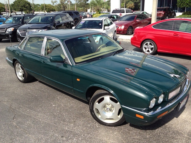 Used Jaguar XJR Base